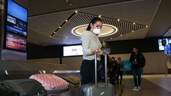 İran'dan gelen son uçak İstanbul Havalimanı'na indi - Sputnik Türkiye