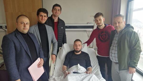 İş mülakatına gidemedi, mülakat heyeti hastaneye gitti - Sputnik Türkiye