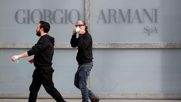 Milano Moda Haftası-koronavirüs-Giorgio Armani  - Sputnik Türkiye