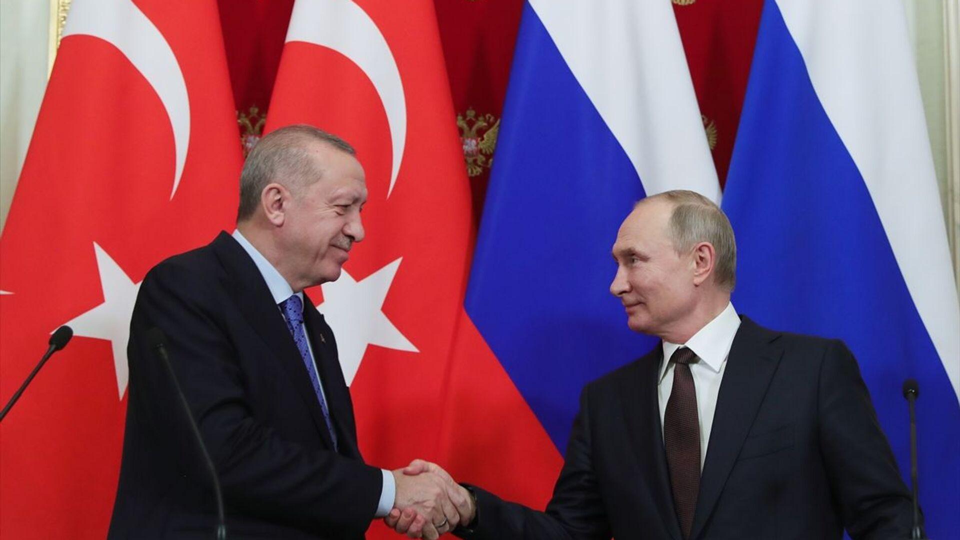 Türkiye Cumhurbaşkanı Recep Tayyip Erdoğan ile Rusya Devlet Başkanı Vladimir Putin - Sputnik Türkiye, 1920, 21.09.2021