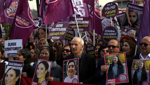 İstanbul'da 8 Mart - Sputnik Türkiye