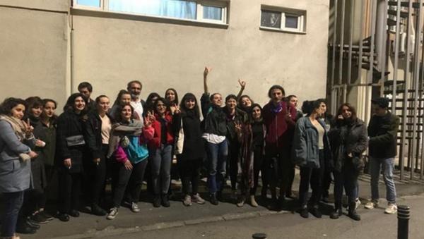 8 Mart'ta gözaltına alınan kadınlar - Sputnik Türkiye