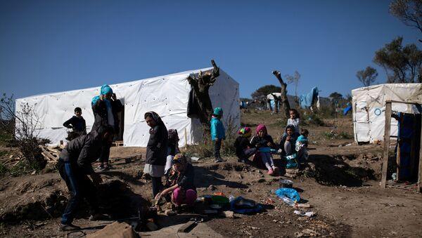 Midilli'deki Moria Mülteci Kampı - Sputnik Türkiye