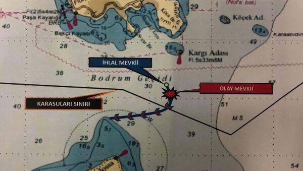 Yunan sahil güvenlik botu Türk kara sularından çıkarıldı - Sputnik Türkiye