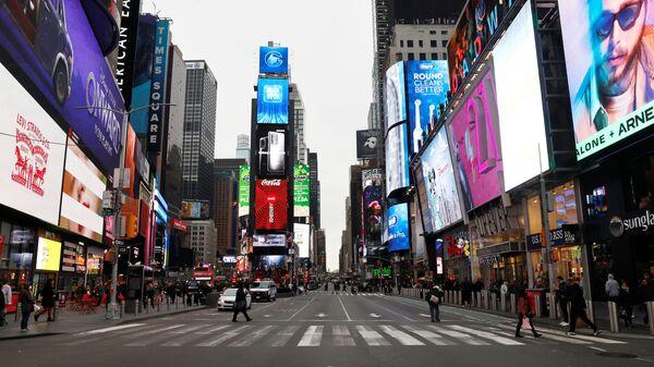 ABD'nin New York şehrindeki ünlü Times Meydanı, koronavirüs tedbirlerinin ardından boşaldı - Sputnik Türkiye