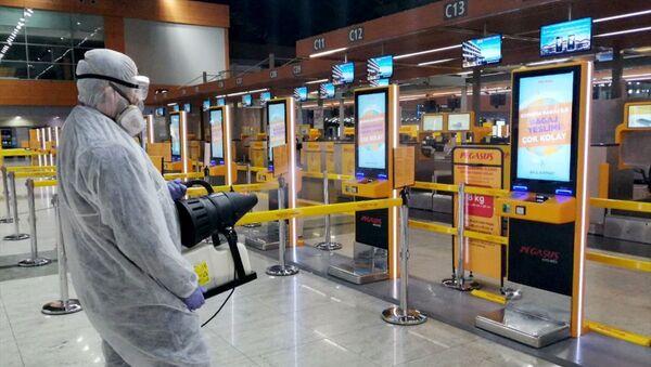 İstanbul Sabiha Gökçen Uluslararası Havalimanı, koronavirüs, dezenfekte - Sputnik Türkiye