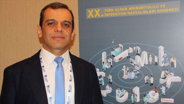 Türk Klinik Mikrobiyoloji ve İnfeksiyon Hastalıkları Derneği (KLİMİK) Yönetim Kurulu Başkanı Prof. Dr. Alpay Azap - Sputnik Türkiye