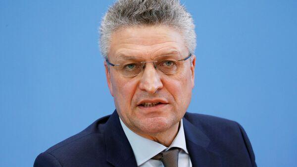Alman federal hükümetinin bulaşıcı hastalıkların önlenmesi ve kontrolünden sorumlu kurumu Robert Koch Enstitüsü'nün (RKI) Başkanı Prof. Lothar Wieler, - Sputnik Türkiye