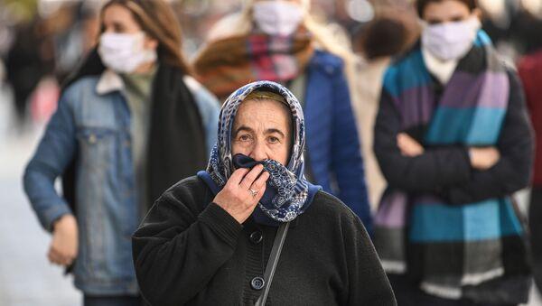 Türkiye - İstanbul - yaşlı - koronavirüs - maske - Sputnik Türkiye