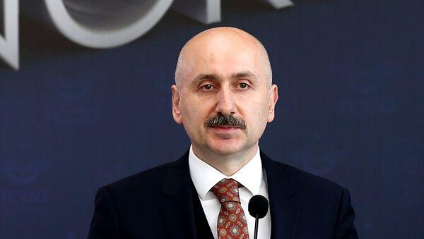Ulaştırma ve Altyapı Bakanı Adil Karaismailoğlu - Sputnik Türkiye