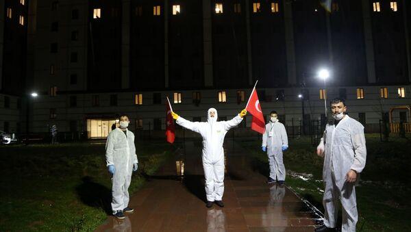 Sivas'ta  Kredi Yurtlar Kurumuna (KYK) bağlı yurtlarda gözlem altında tutulan öğrenciler için moral etkinliği düzenlendi - Sputnik Türkiye