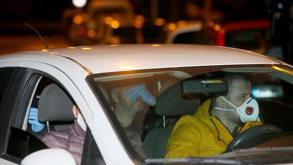 Büyükçekmece'deki ev partisiyle ilgili 11 kişi gözaltına alındı, bina mühürlendi - Sputnik Türkiye