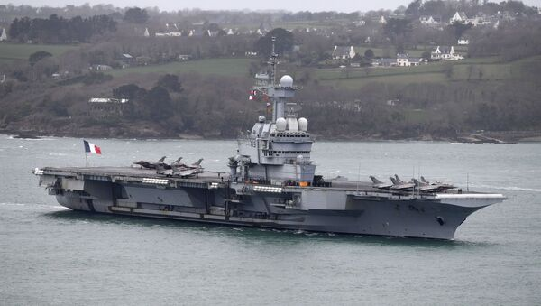Fransa'ya ait nükleer kapasiteli Charles de Gaulle uçak gemisi - Sputnik Türkiye