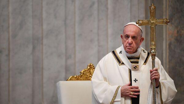 Papa, salgın nedeniyle Paskalya yortusunu cemaatsiz yaptı. - Sputnik Türkiye