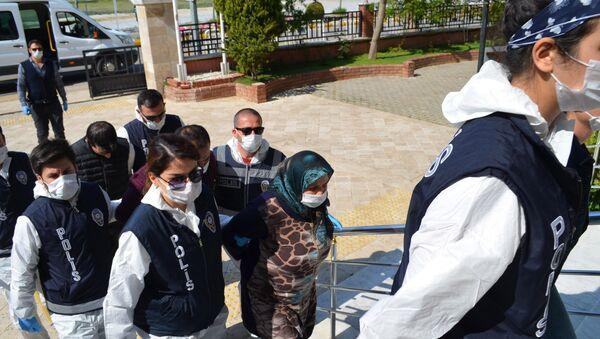 Zehirli gözlemenin içinden miras cinayeti çıktı - Sputnik Türkiye