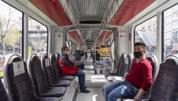 Kayseri'de 850 özel halk otobüsü şoförü karantinada - Sputnik Türkiye