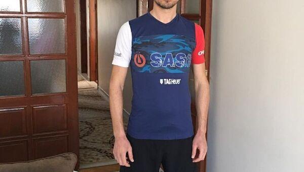 Evde maraton koştu, 42 kilometreyi 2 bin 100 tur atarak tamamladı - Sputnik Türkiye