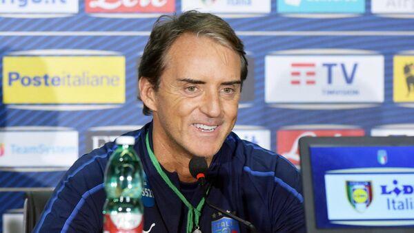 İtalya Milli Takımının Teknik Direktörü Roberto Mancini - Sputnik Türkiye