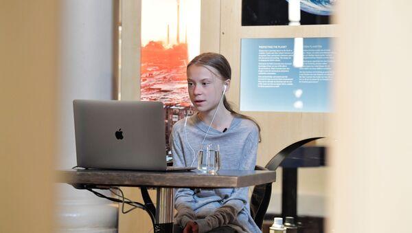 İklim aktivisti Greta Thunberg, Dünya Günü'nün 50'inci yıldönümünde konuştu. - Sputnik Türkiye