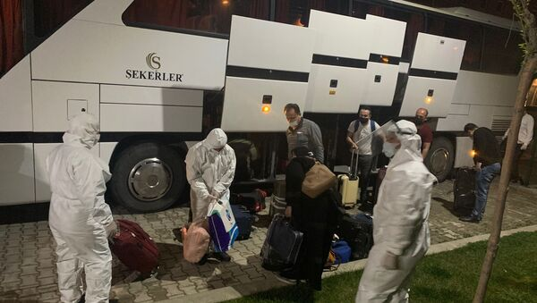 Suudi Arabistan'dan getirilen 268 kişi Isparta'da karantinaya alındı - Sputnik Türkiye