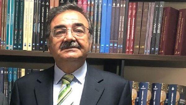 Eski TRT Genel Müdürü Şenol Demiröz - Sputnik Türkiye