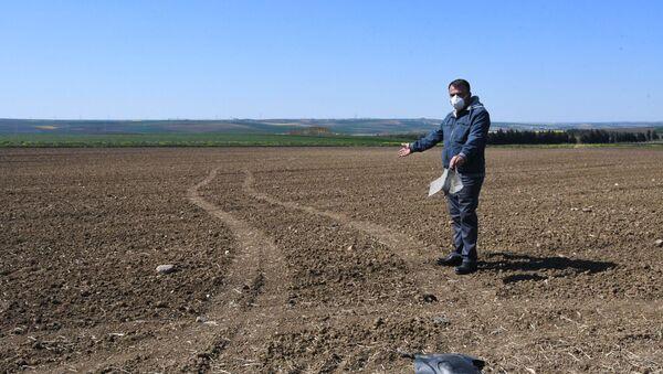 Şehre kaçak yoldan gelenler tarlalara zarar veriyor - Sputnik Türkiye