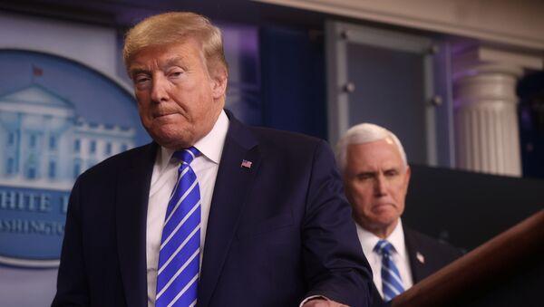 ABD Başkan Yardımcısı Mike Pence ve ABD Başkanı Donald Trump - Sputnik Türkiye