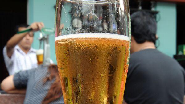 Bira - bira bardağı - Sputnik Türkiye