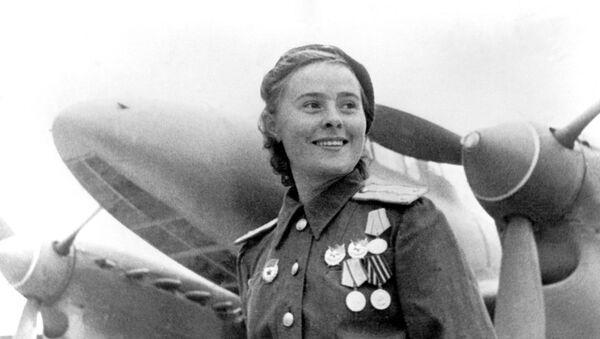 Büyük Vatanseverlik Savaşı'nın kadın yüzleri - Sputnik Türkiye