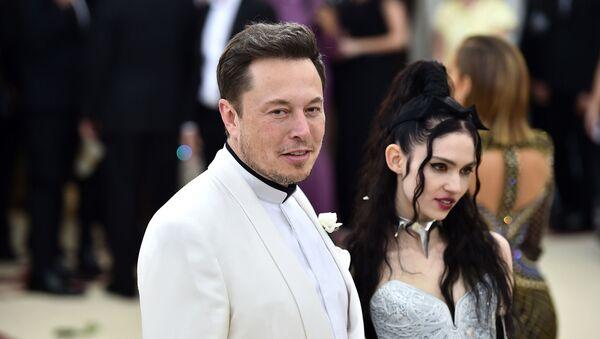 Elon Musk-Grimes - Sputnik Türkiye
