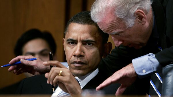 Joe Biden ve Barack Obama - 2005 - Sputnik Türkiye