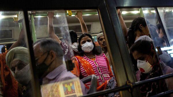 Hindistan - koronavirüs - maske - - Sputnik Türkiye