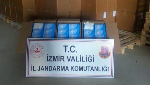 Operasyonda 4 milyon 470 bin adet cerrahi maske ele geçirilirken, 1 kişi gözaltına alındı - Sputnik Türkiye