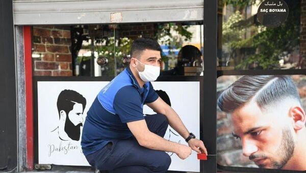 İstanbul'da kurallara uymayan berberler mühürlendi - Sputnik Türkiye