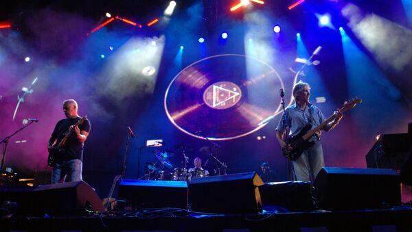 Pink Floyd üyeleri David Gilmour ve Roger Waters   - Sputnik Türkiye