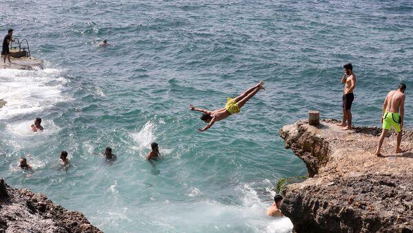 Lübnan - Beyrut - deniz - yüzmek - Sputnik Türkiye