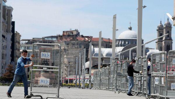 Yedinci yıl dönümünde Gezi Parkı bariyerlerle kapatıldı - Sputnik Türkiye