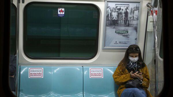 Metro - İstanbul - koronavirüs - Sputnik Türkiye