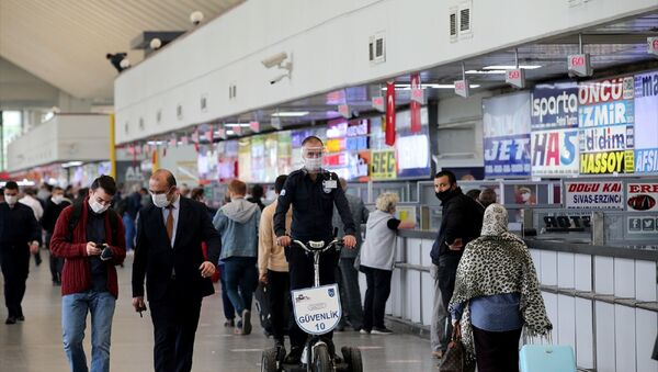 Ankara Şehirler Arası Otobüs Terminali (AŞTİ) - koronavirüs - maske -  - Sputnik Türkiye