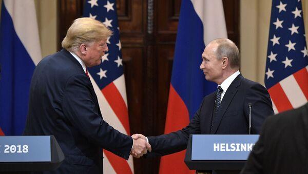 Putin- Trump - Sputnik Türkiye