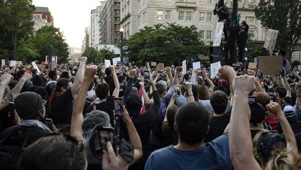 Washington'da George Floyd protestoları - Sputnik Türkiye