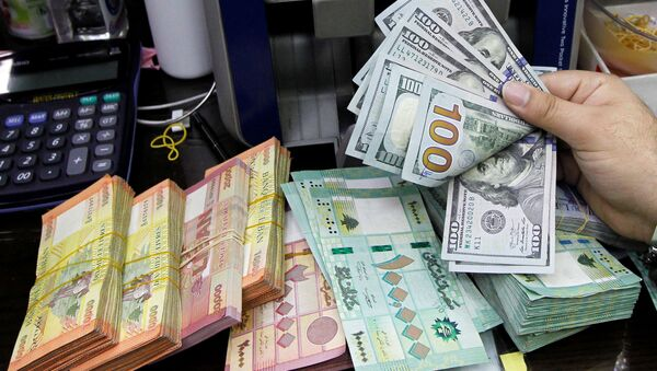 Lübnan yerel para birimi dolar karşısında rekor seviyede değer kaybetti - Sputnik Türkiye
