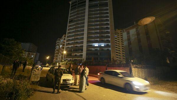 Ankara'da zemininde çatlak oluşan 18 katlı bina boşaltıldı - Sputnik Türkiye