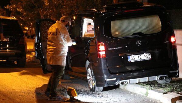 İnsan Hakları Federasyonu Başkanı Eligül'ün aracına silahlı saldırı - Sputnik Türkiye