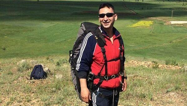 Denizli'de bir astsubay, yamaç paraşütü kazasında hayatını kaybetti - Sputnik Türkiye