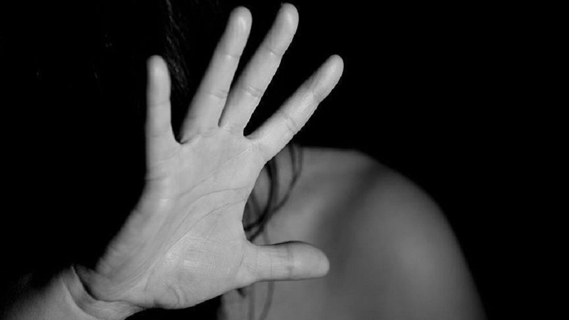 Kadına şiddet, taciz, cinsel saldırı - Sputnik Türkiye, 1920, 10.09.2021