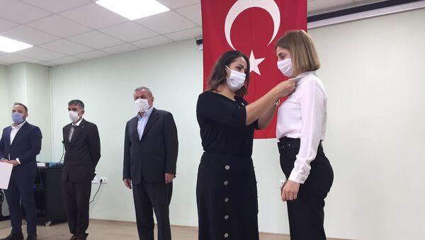 HDP'den istifa eden 3 belediye meclis üyesi AK Parti'ye geçti: Aradığımızı bulamadık - Sputnik Türkiye