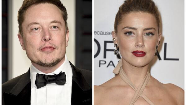 Elon Musk ve Amber Heard - Sputnik Türkiye