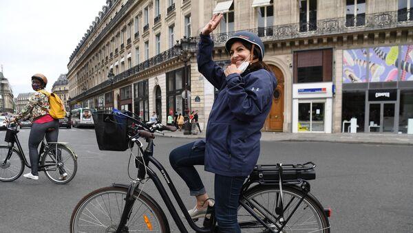 Paris Belediye Başkanı Anne Hidalgo - Sputnik Türkiye
