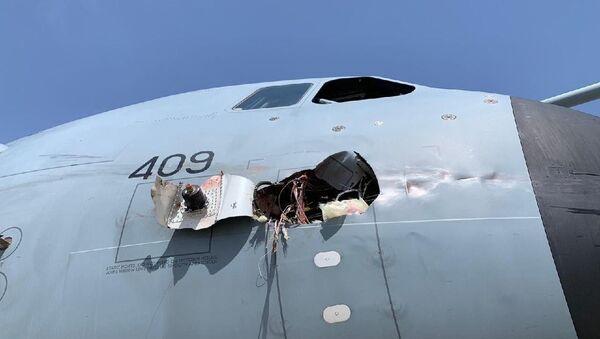 İspanya'ya ait askeri kargo uçağı kuş çarpması sonucu acil iniş yaptı - Sputnik Türkiye